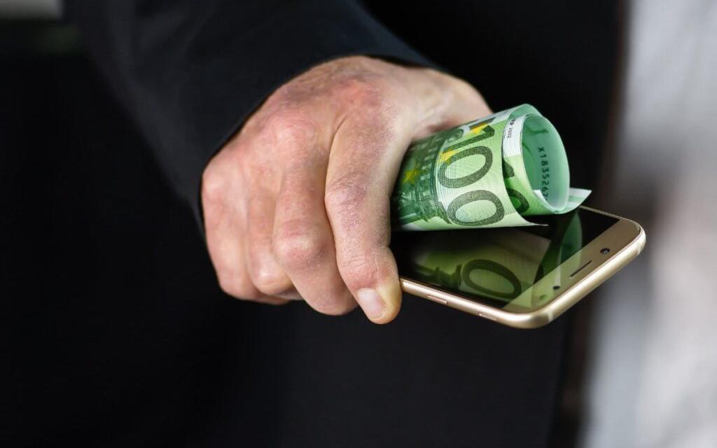 Få penge igennem din telefon